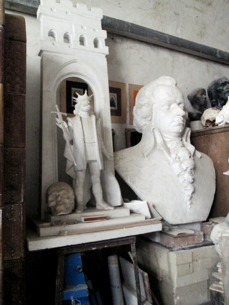 În atelierul unui sculptor clujean Ilarion Voinea Cluj (4)
