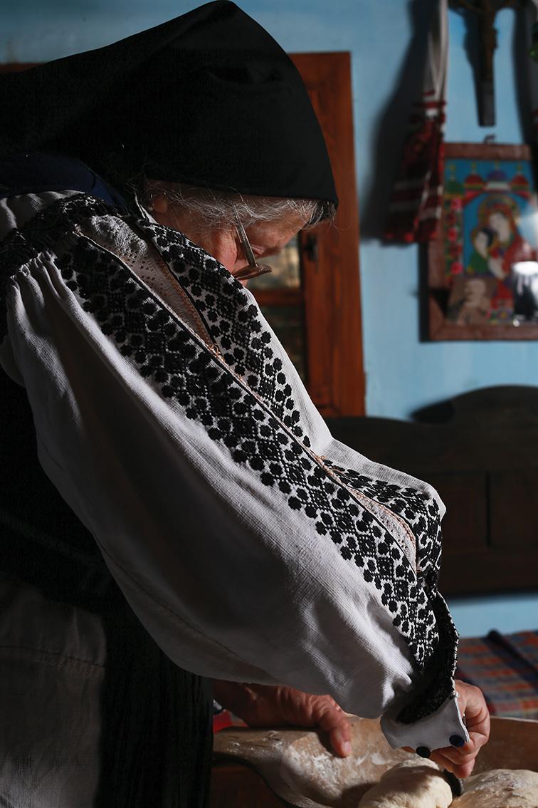 răzvan voiculescu dor de rost Viorica cu maneca 01 m
