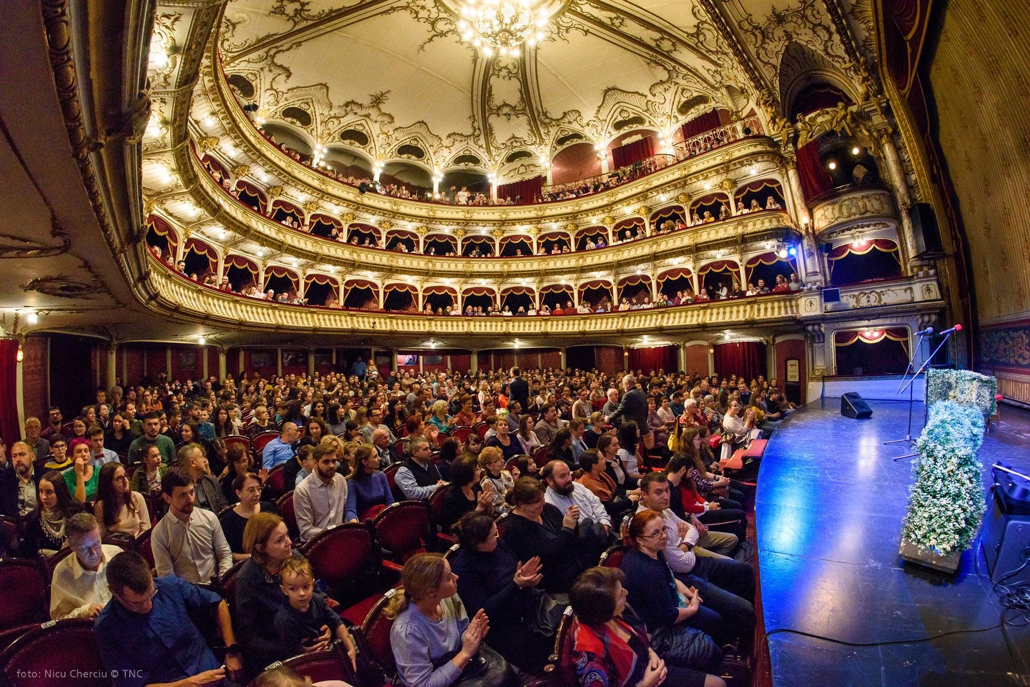100 de ani de teatru ro