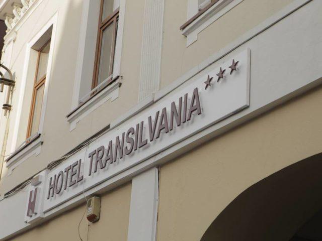 un hotel in centrul evenimentelor hotel transilvania