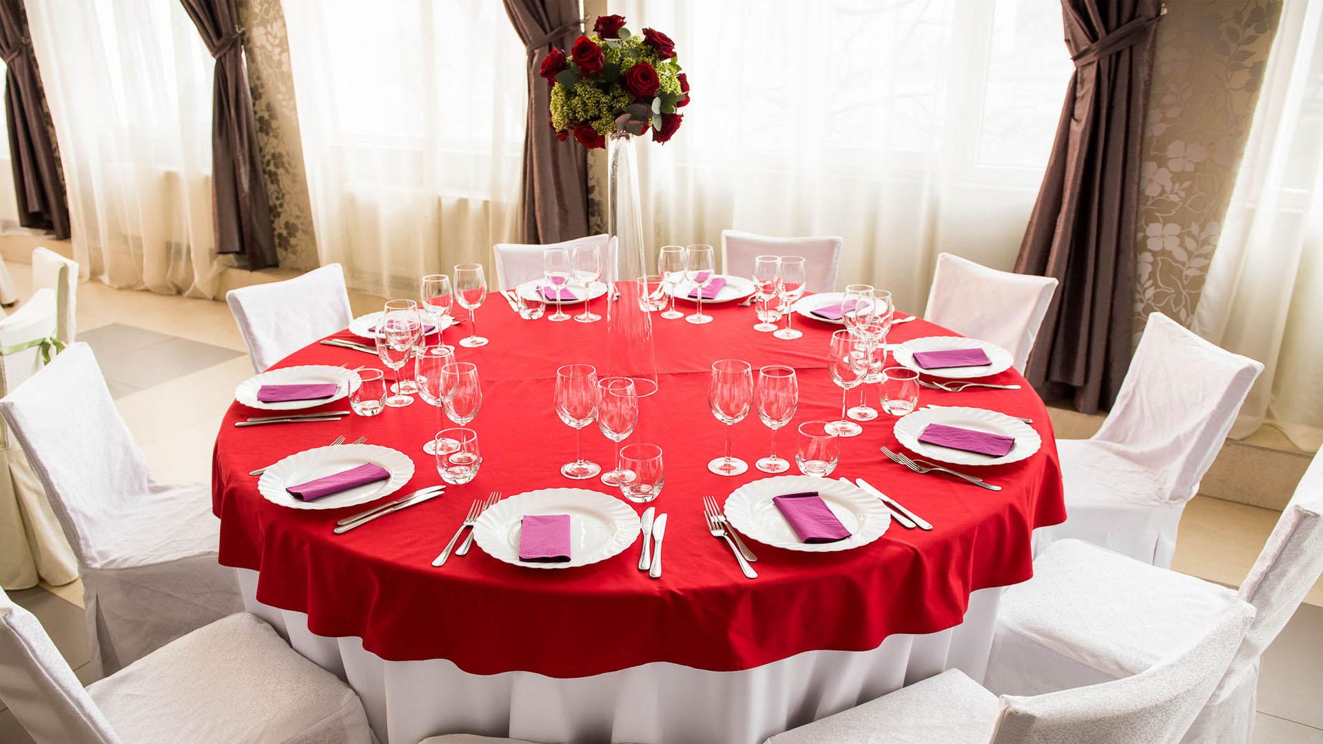 Exclusiv Catering îți organizează nunta!