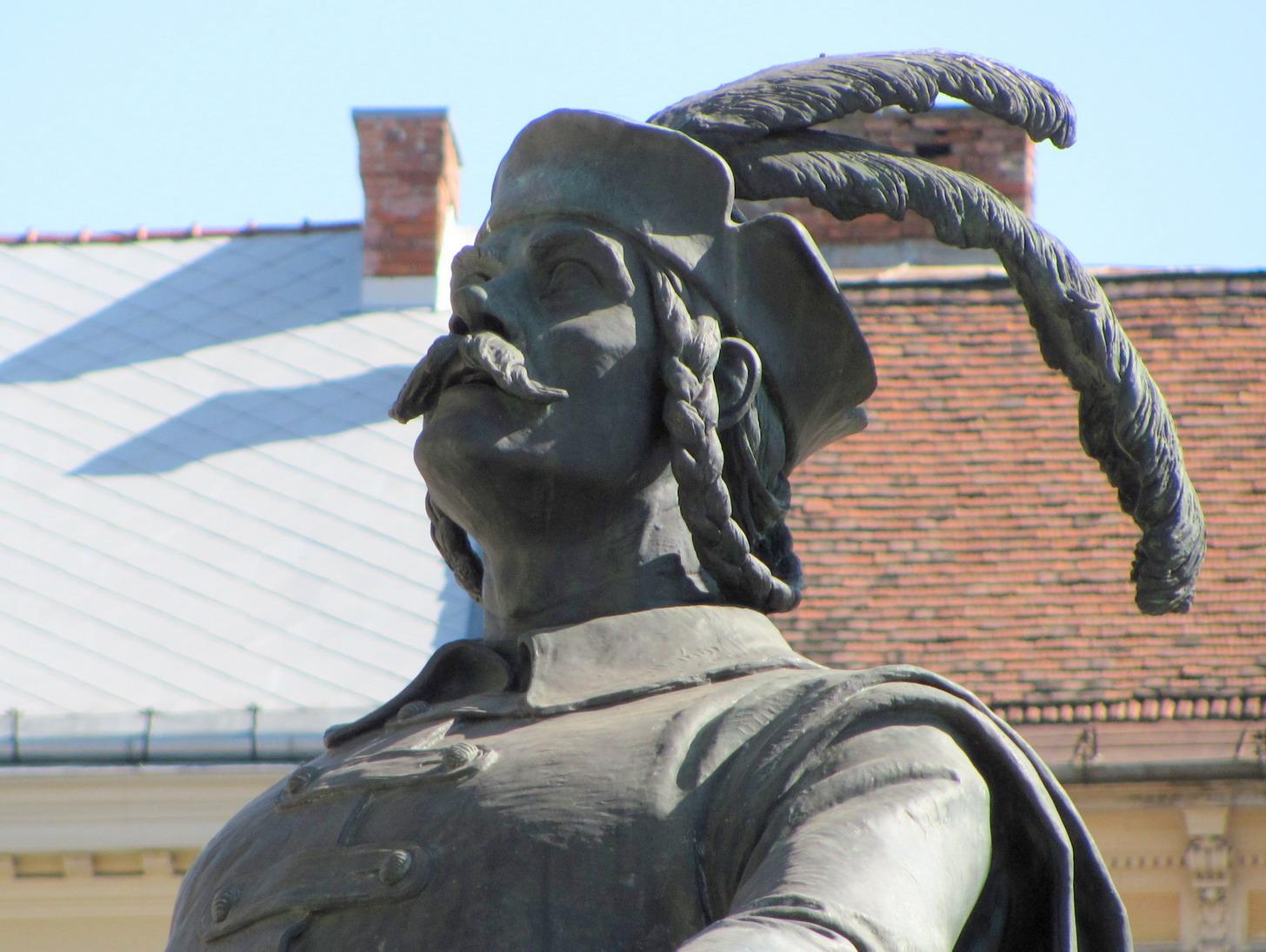 Ansamblul Monumental Matia Corvin Ștefan Bathory
