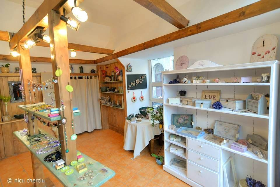 Azaria Handmade Boutique (11)