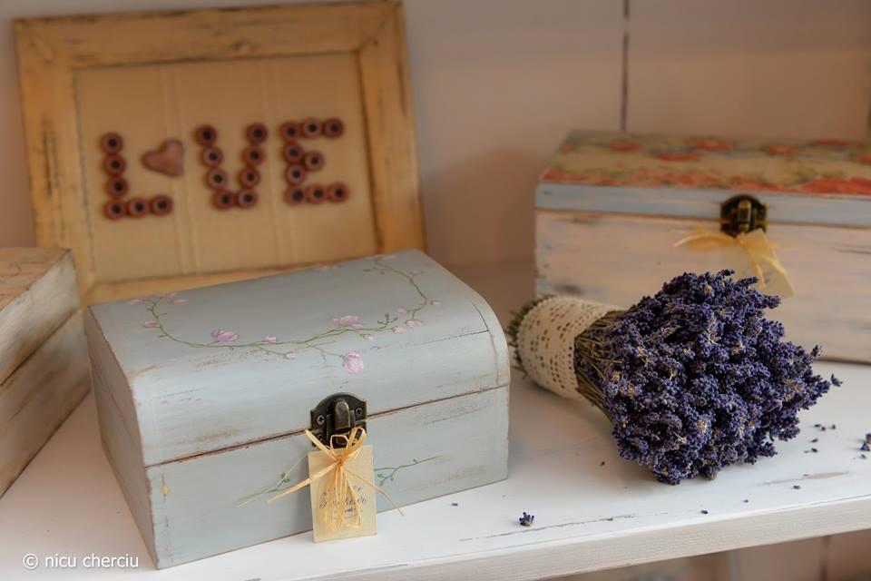Azaria Handmade Boutique (8)