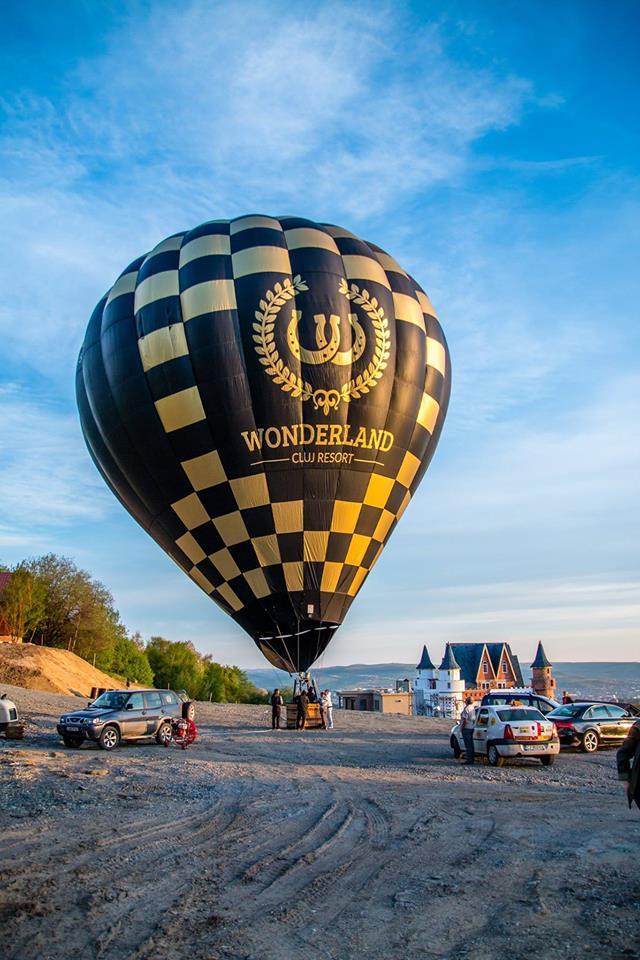 Balon Wonderland