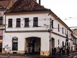 Casa Hintz, clădirea ce adăpostește Muzeul Farmaciei (1)