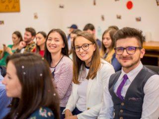 Ce își doresc tinerii de la profesori și sistemul educațional românesc?