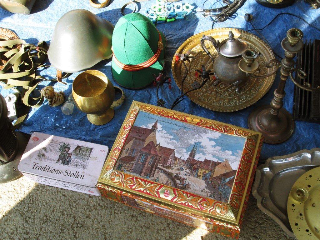 Ce mai găsești prin OSER, piața de vechituri din Cluj (3) (Medium)