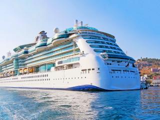 Ce aleg cuplurile dintre vacanțe exotice și croaziere pentru luna de miere?