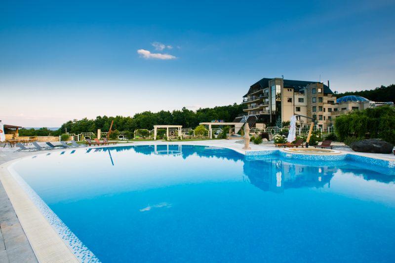 Răsfăț pentru zilele calde cu SunGarden Golf & Spa Resort!