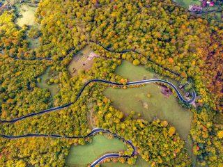 Drumul Mărișel – Măguri Răcătău – Măguri este complet asfaltat și marcat!