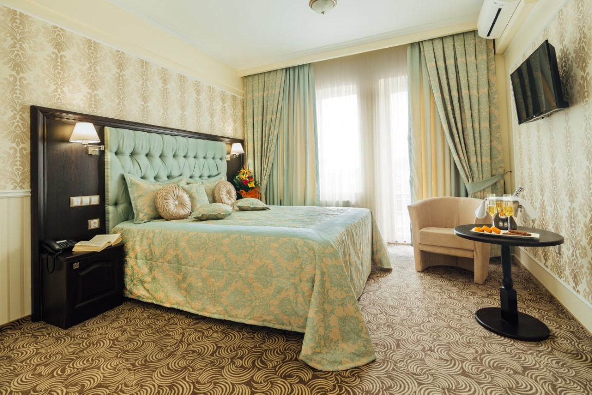 Afaceri de familie în Cluj | Hotel Stil, de la idee la un business de succes