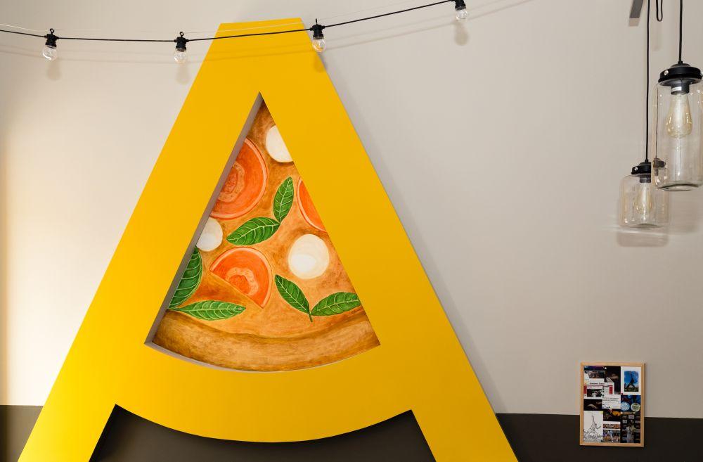 S-a reîntors Pizza Acrobatica, una dintre cele mai îndrăgite pizza din Cluj!