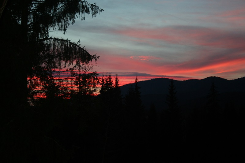 Bucură-te de culorile toamnei la munte cu Smida Park 2