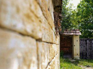 La doi pași de Cluj | Vizită la Chidea, printre case de piatră și istorie