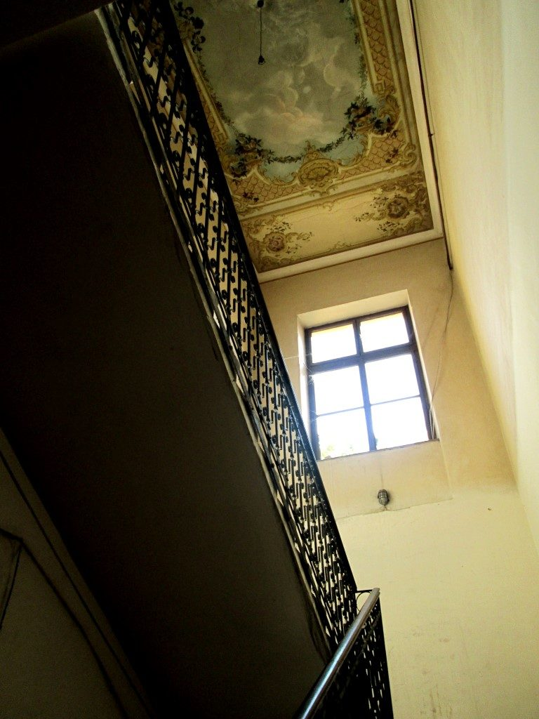 tavanul cladirii de pe str. iuliu maniu 38