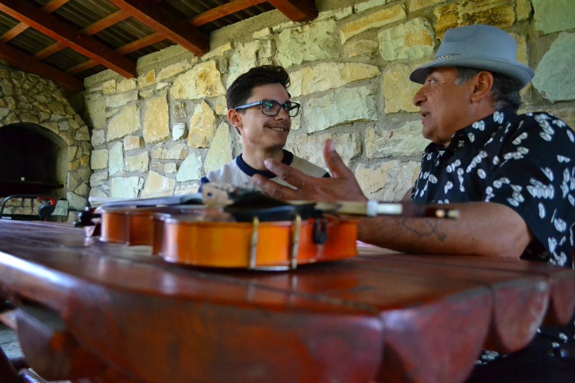 Interviu (2) Urisor Cluj violonist (Medium)