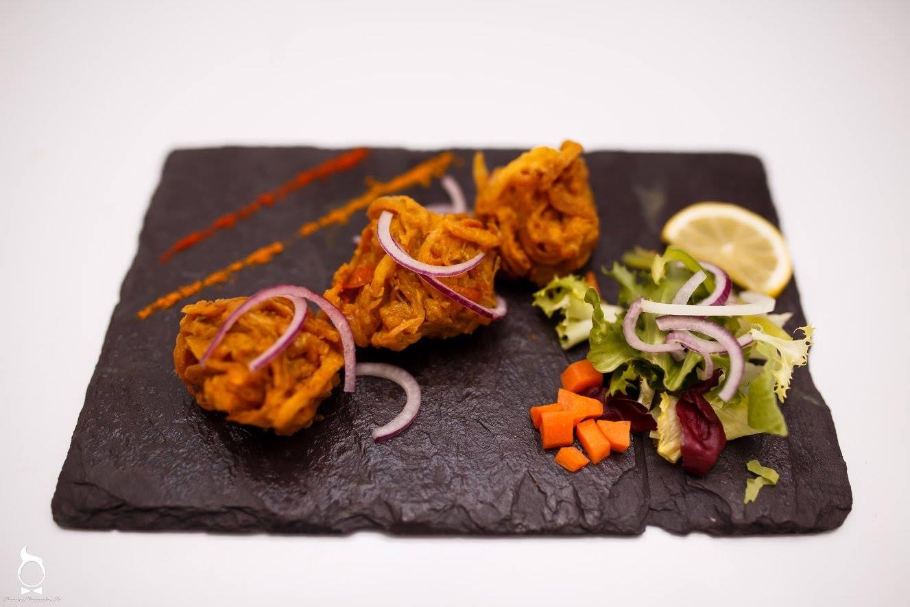 La masă cu bucătarul unui restaurant indian din Cluj (4)