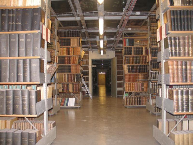 Locuri bântuite în Cluj Biblioteca Centrală Universitară1