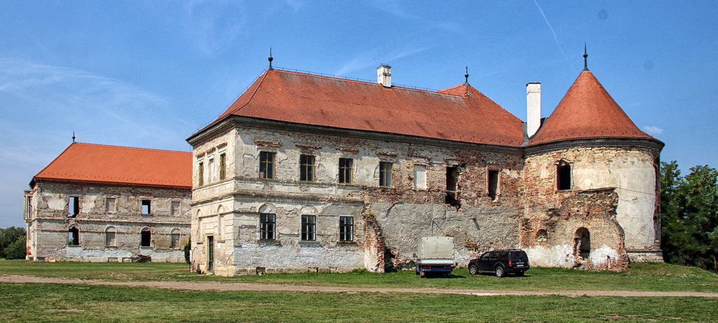 Locuri bântuite în Cluj Castelul Banffy