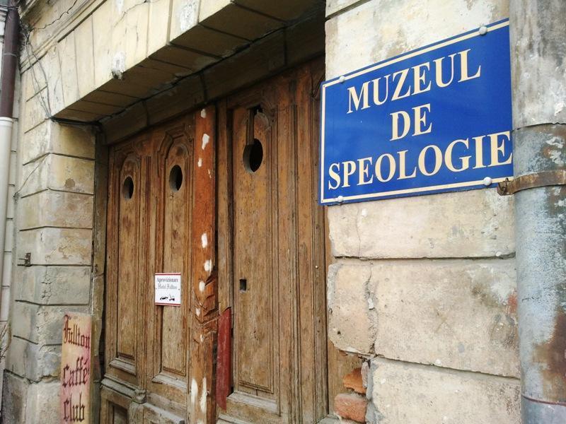 Locuri bântuite în Cluj Muzeul de Speologie