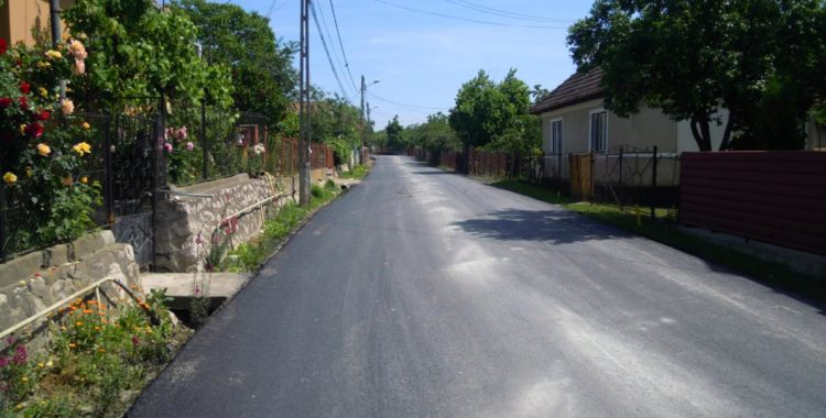 Lucrări de asfaltare a drumurilor din județul Cluj Mihai Viteazu – Cheia – Cheile Turzii