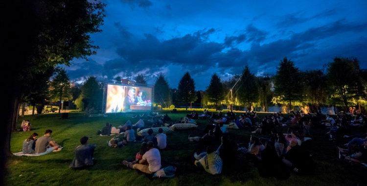 Movie Nights în Iulius Parc