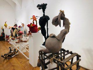 S-a deschis Muzeul Păpușilor: personaje din spectacolele Teatrului Puck, vedete de expoziție