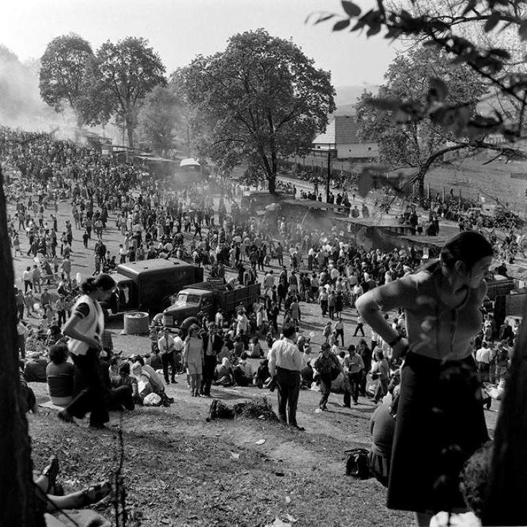 Nu e un festival de muzica electronica E doar 1 mai la Hoia. Anii '70