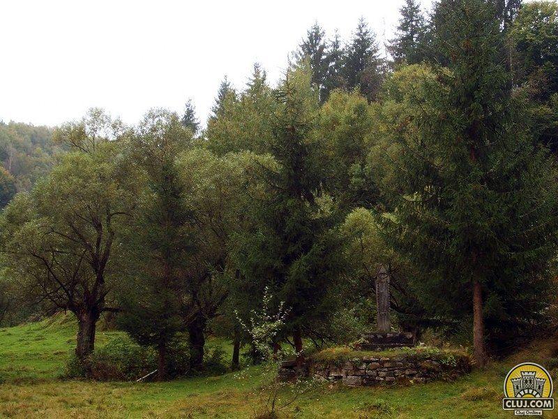satul cristesti traditii din rasca monumentul din vale