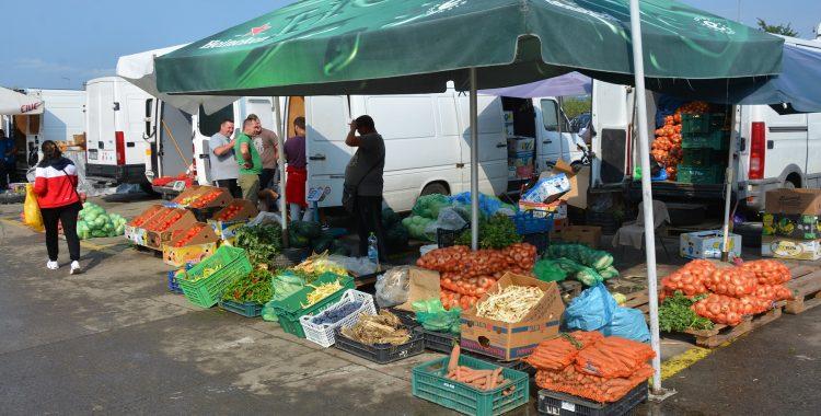 Piata Agro Transilvania Dezmir (1)