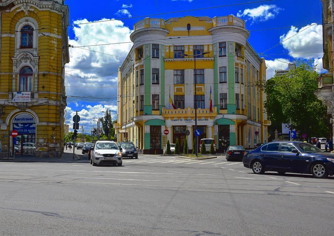 De la eclectic la modern: dicționarul de arhitectură al orașului Cluj-Napoca – Partea a II-a