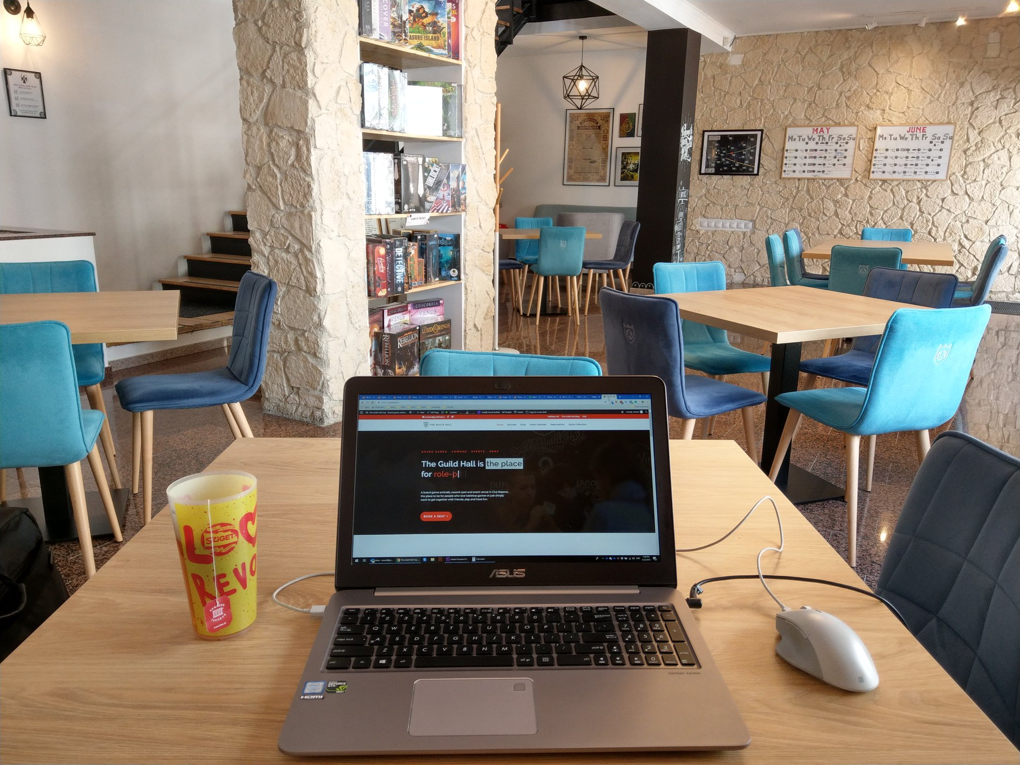 Un spațiu de cowork #altfel: confort și creativitate la The Guild Hall