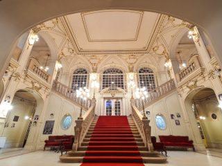 Începe stagiunea lirică 2020/2021 la Opera Națională Română! Primul spectacol – în Parcul Etnografic, în aer liber