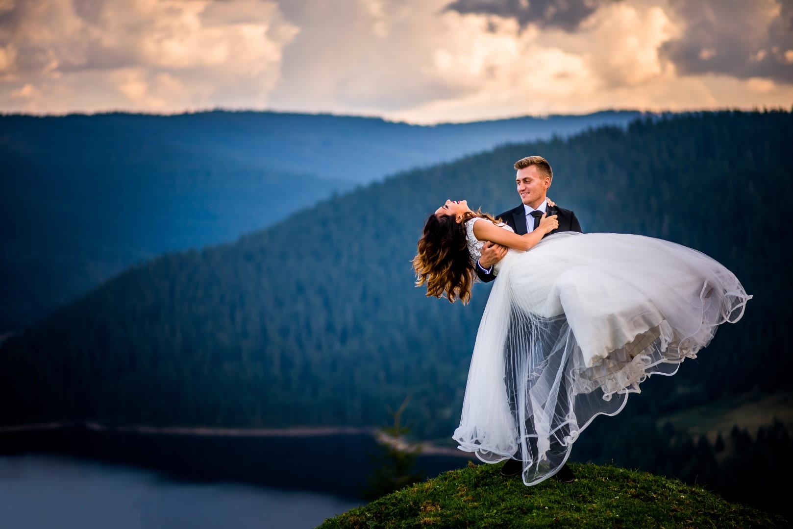 Da studio fotografi de nunta Cluj TTD Iulia & Tibi-20 (Large)
