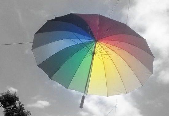 de ce nu merge nimic in tara asta fotograf turau alexandra umbrela