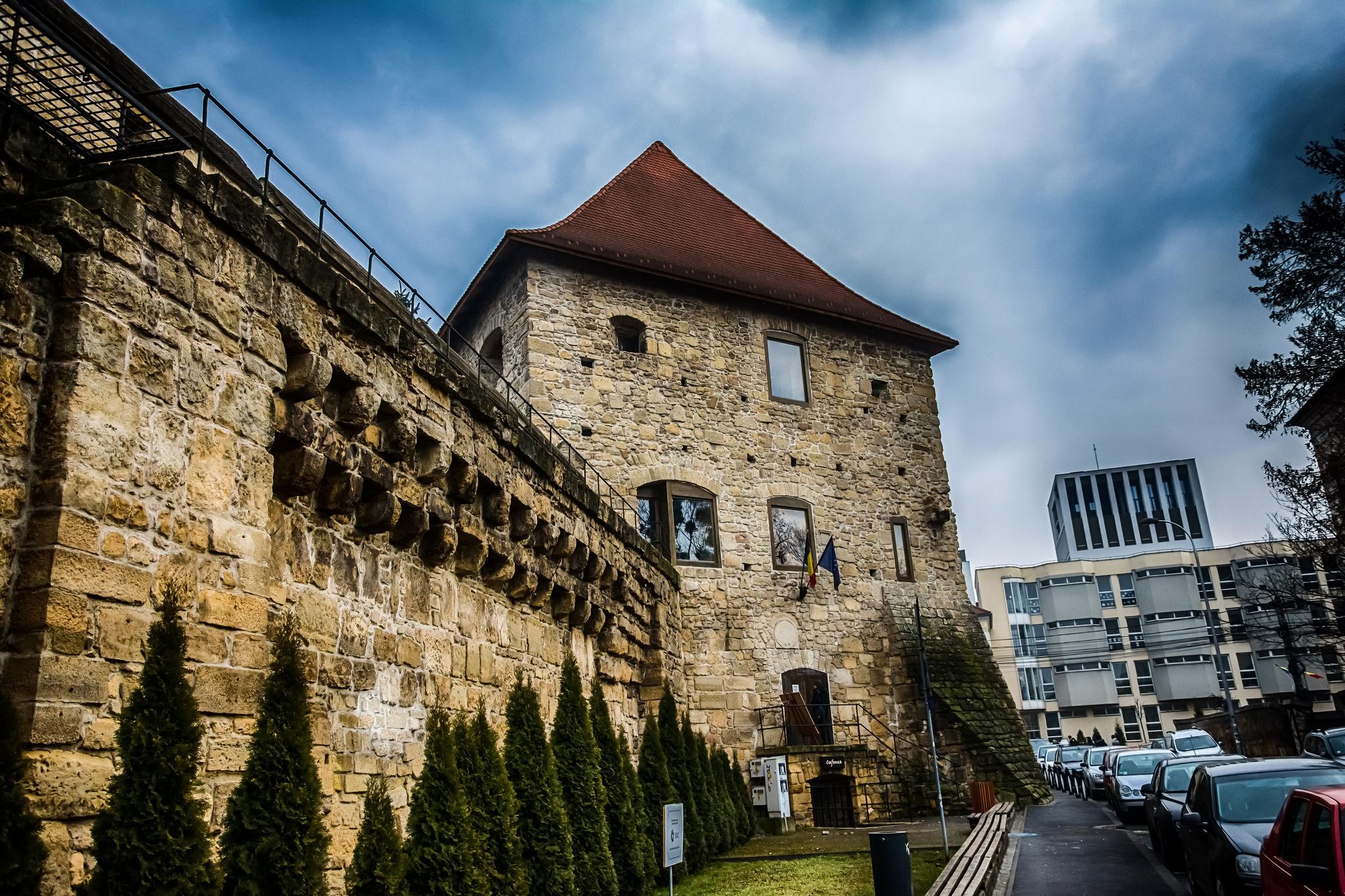 """Turnul Croitorilor – de la un """"apărător"""" al orașului, la spațiu cultural"""