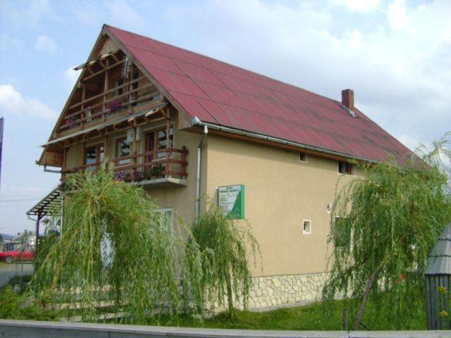 Satul Marisel Cluj Pensiunea Popasul Iancului