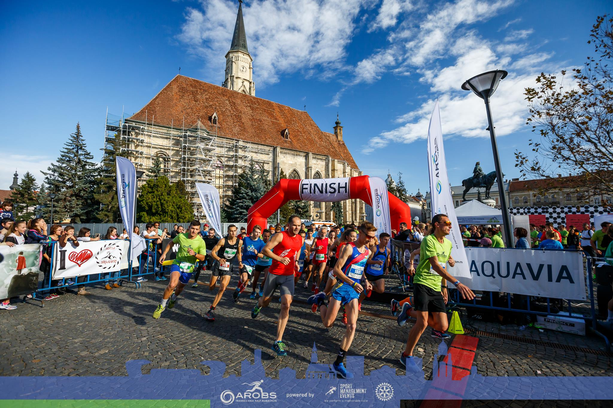 Aleargă pentru pădurile noastre la AROBS Transilvania Half-Marathon!