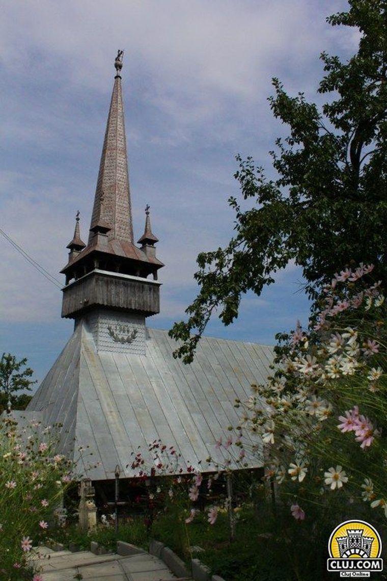 biserica ortodoxa din lemn Nadasu 1