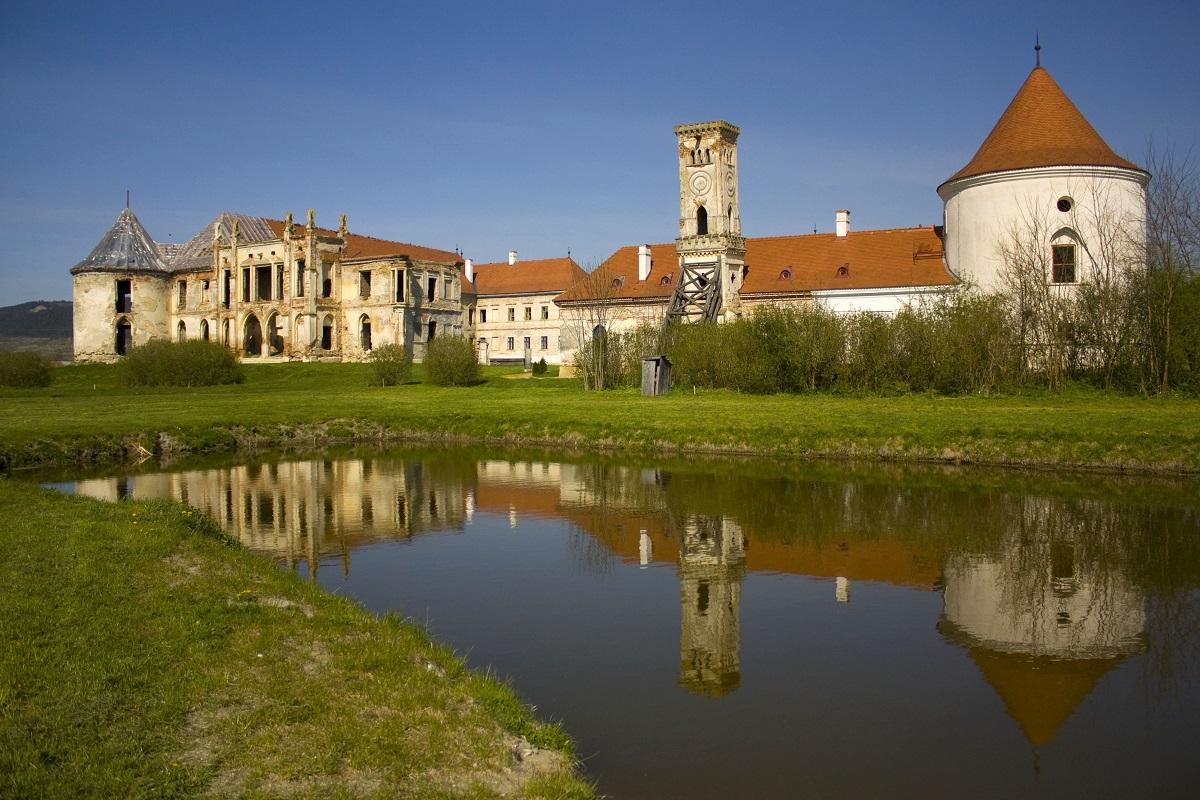 castelul banffy din bontida castelintransilvania