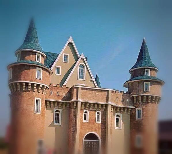 castelul lui alis in wonderland cluj (2)