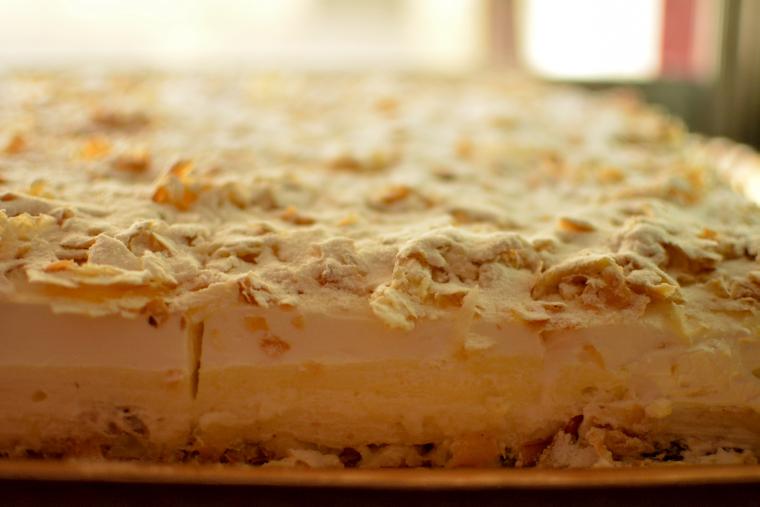 Prăjitura copilăriei regăsită la cofetăria Agape