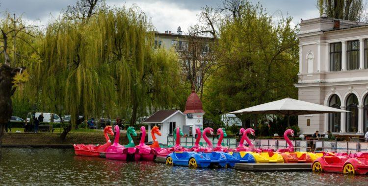 cu barca pe lac Cluj (1)