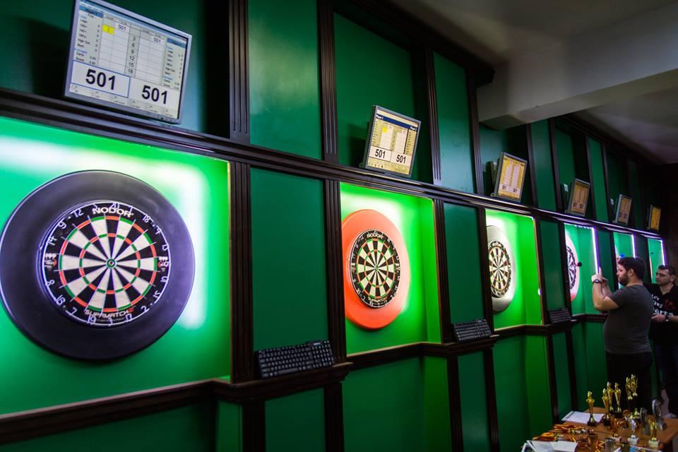 Corner Biliard and Snooker
