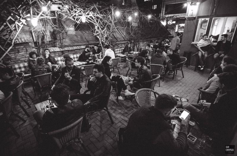Studio 26 e barul cu spirit rebel de pe Piezișă 2