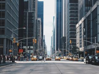 Încotro se îndreaptă industria auto? | 3 TED Talks să te inspire