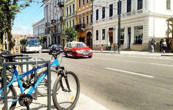 iulia marc transport alternativ în Cluj memo