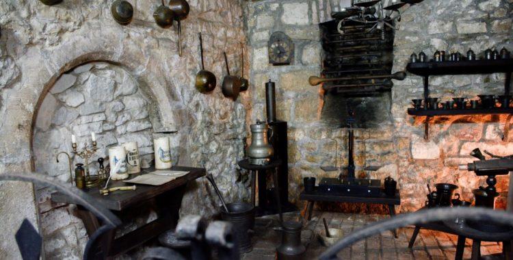 muzeul farmaciei salvat (1) restaurarea Casei Hintz