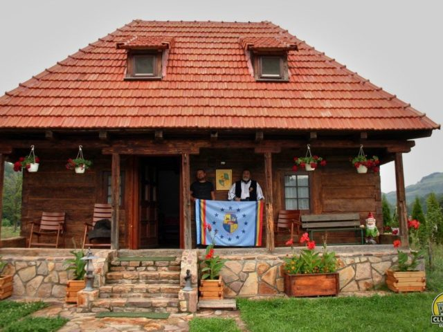 cabana florilor, satul bucea, comuna negreni, judetul cluj